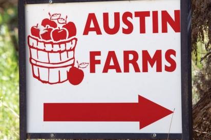 Austin Family Farms sign