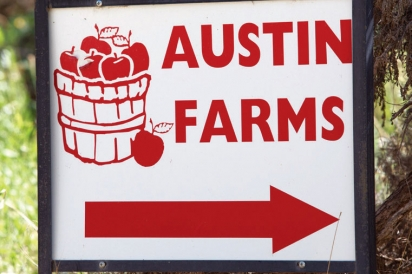 Austin Family Farms sign