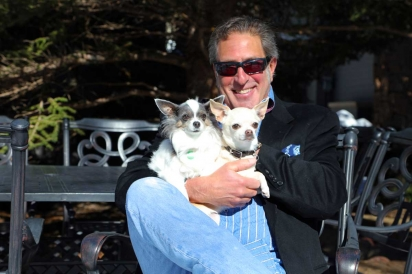 Bark Bros' Chip Beir with Gizmo and Yoda